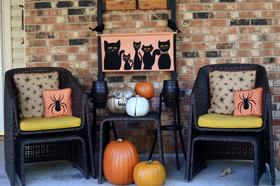 Free Pattern: Black Cat Brigade Halloween Banner