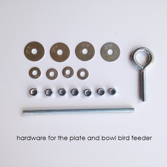 Make a bird feeder from a plate and bowl! Tutorial at Orange Bettie.