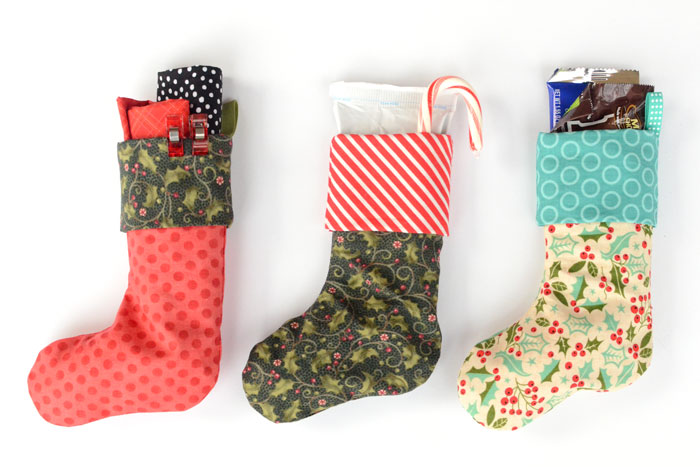 Mini Christmas stocking in 3 sizes - Free sewing pattern