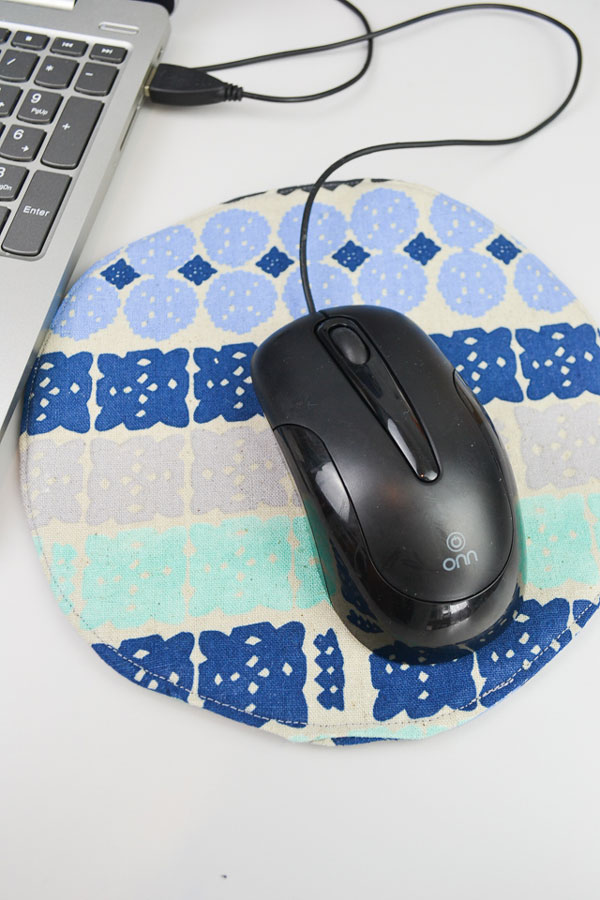 DIY Mouse Pad by Heather Handmade
