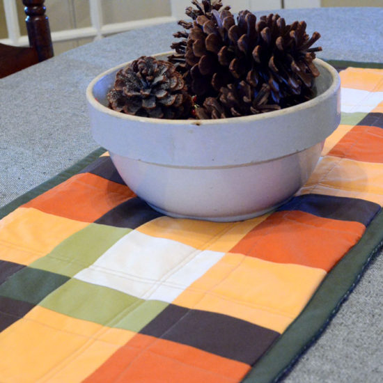 Patchwork Plaid Table Runner Hot Pad - Sewing Tutorial