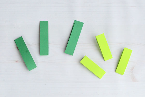 Easy Paper Shamrock, step 1