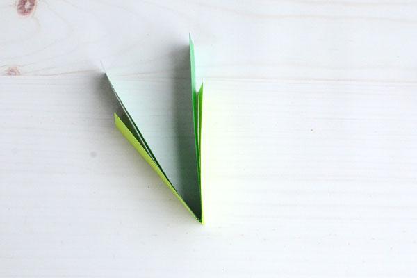 Easy Paper Shamrock, step 2