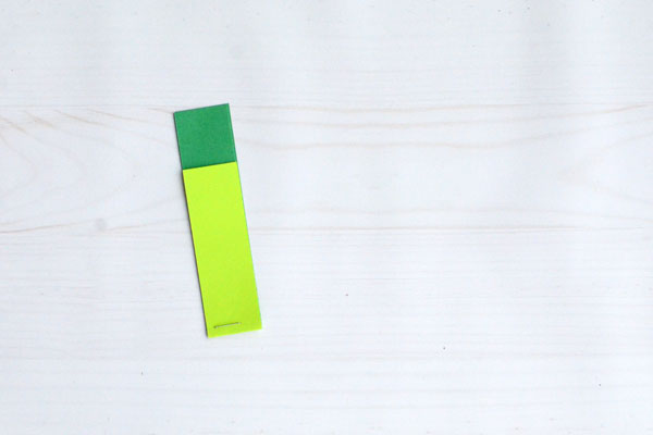 Easy Paper Shamrock, step 3
