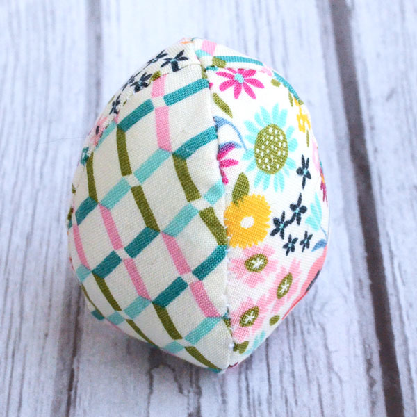 Soft Fabric Easter Egg - Free Sewing Pattern