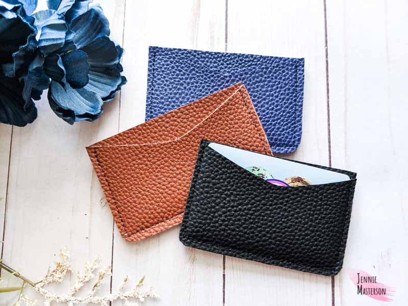 Beginner sewing projects: Quick and easy things to sew - card wallet